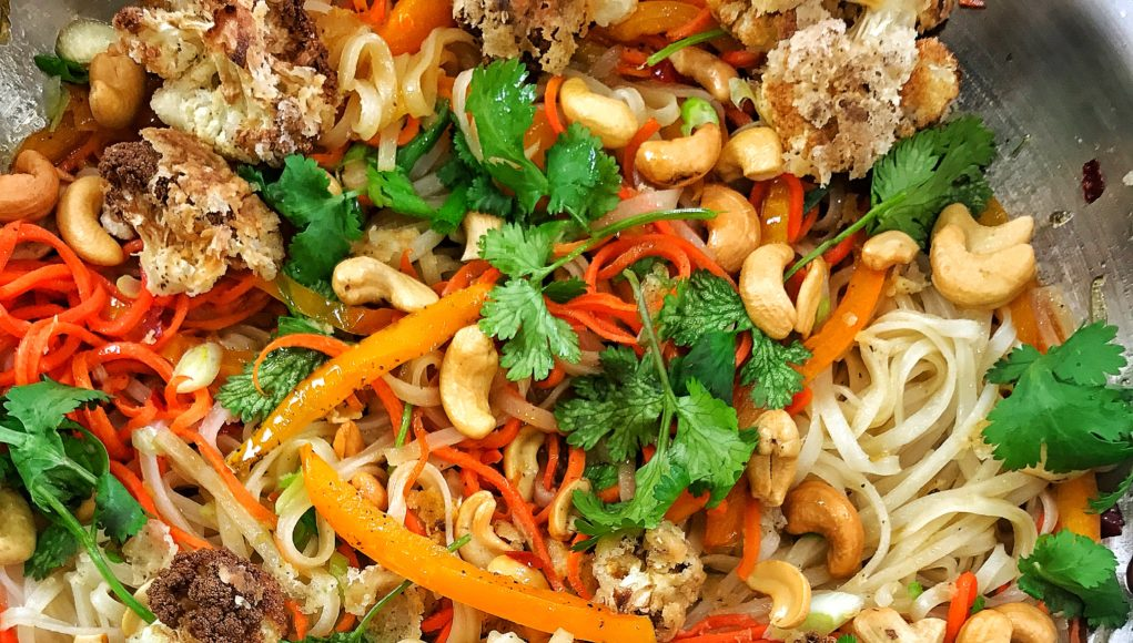 Vegan crispy cauliflower pad thai dariuscooks vegan crispy cauliflower pad thai forumfinder Image collections